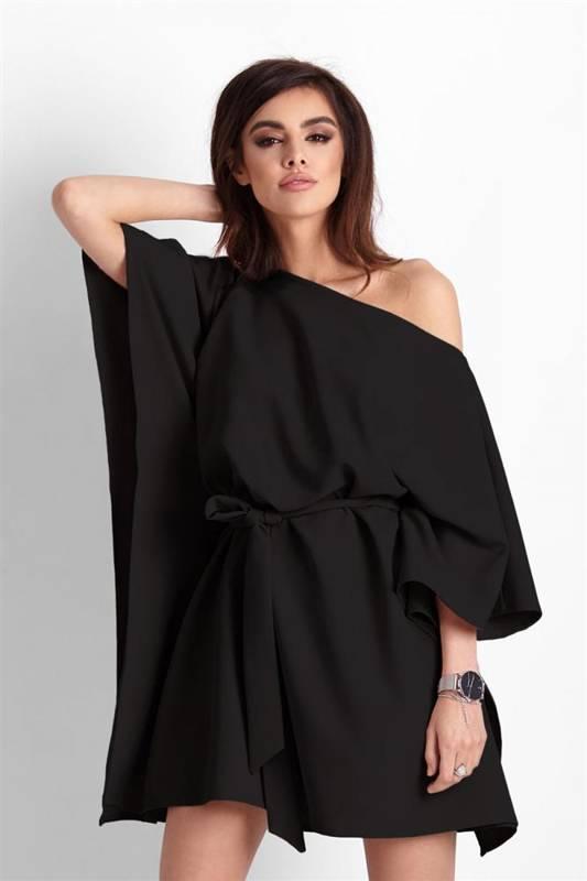 lotta o kroju nietoperza czarna mini sukienka rozkloszowana boho