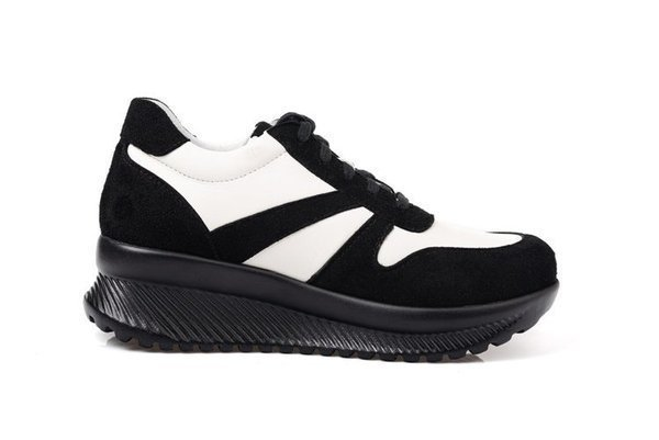 Skórzane sportowe buty damskie na platformie biało-czarne