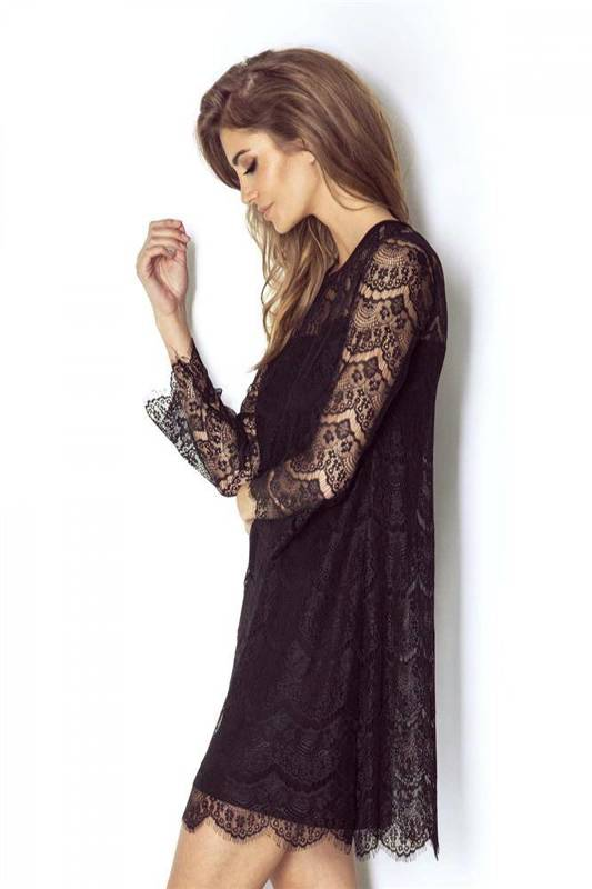 romanica mała czarna wizytowa sukienka na karnawał we wzory