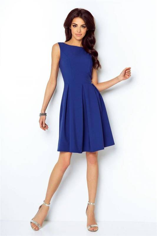 Rozkloszowana  tailor niebieska elegancka mini sukienka na imprezę